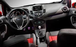 2014-Ford-Fiesta-ST-dash-1024x640
